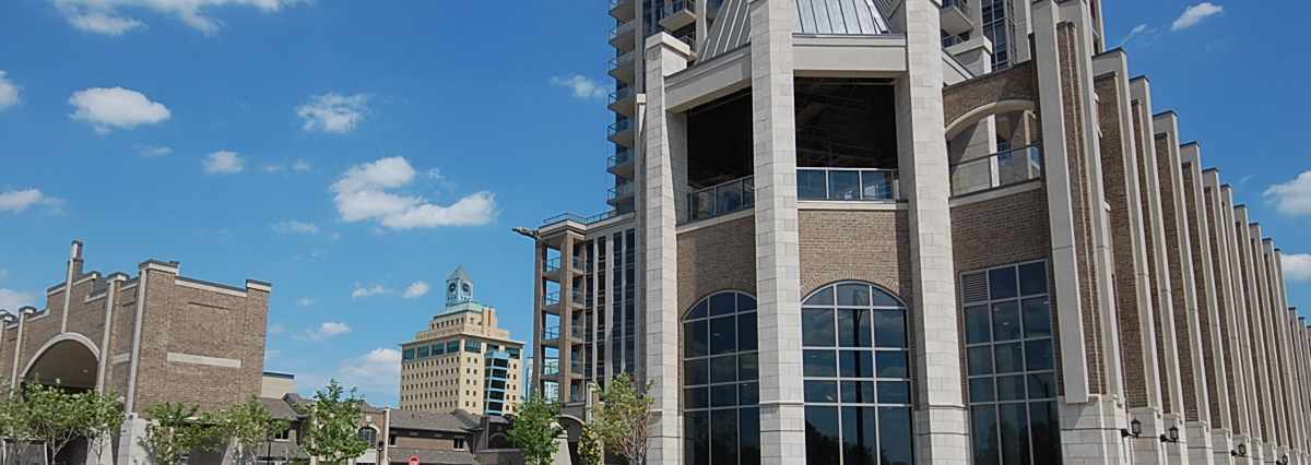 One Park Tower Condo Features. Condos at 388 Prince of Wales Drive, Mississauga