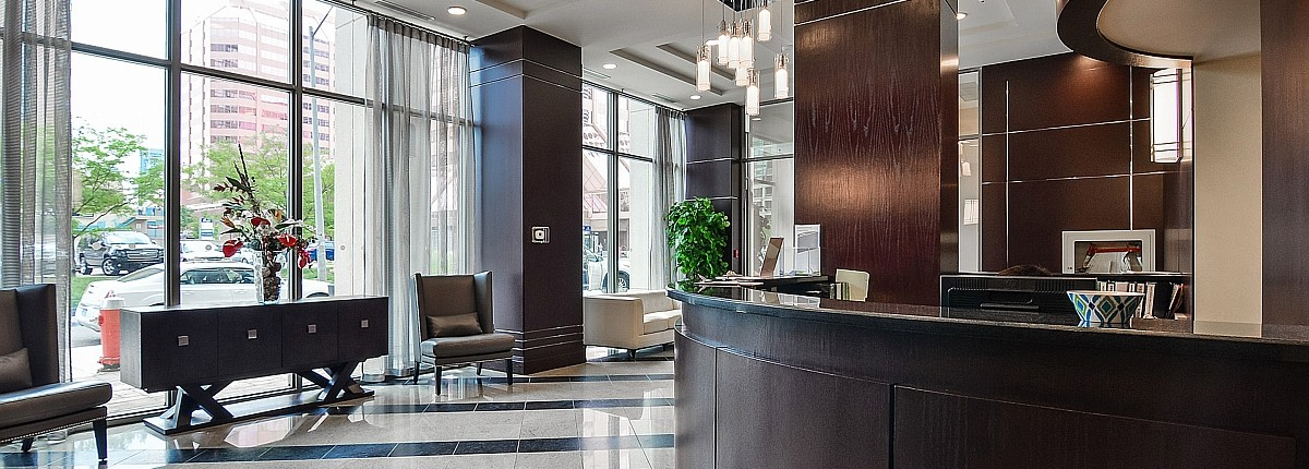 208 Enfield Place Widesuite Condos Square One Mississauga