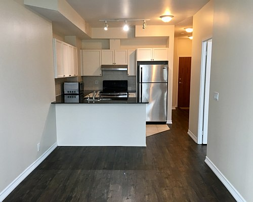 33 Elm Drive Condo for Sale Kitchen After Upgrade