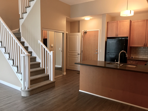 Square One Live Work Condo for Sale or Lease at 3939 Duke of York Bld., Mississauga