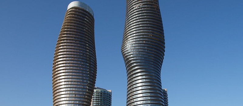 1 Br + 1 WR condo suite for sale at 50 Absolute Avenue