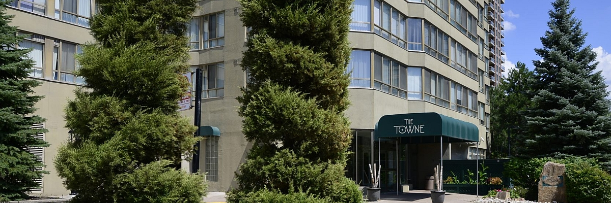 Towne Condos for Sale in Mississauga. 3605 Kariya Drive and 55 Elm Drive