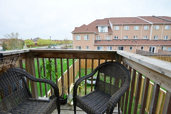 Freehold townhome for sale in Hurontario