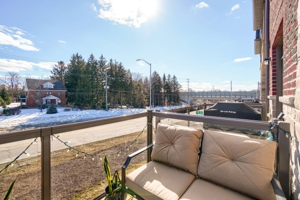 Ancaster Townhouse For Sale